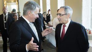Kuvassa presidentti Sauli Niinistö ja kansanedustaja Ben Zyskowicz