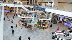 Kauppakeskus Triplassa Helsingissä