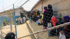 Rohingya-pakolaisia  Kutupalongin pakolaisleirillä  Bangladeshissa.
