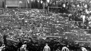 Juventus-Liverpool-ottelu Heyselin stadionilla.