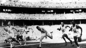Bobby Joe Morrow voitti kultaa miesten 100 metrillä Melbournen olympiakisoissa vuonna 1956.