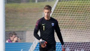 Jalkapallomaalivahti Hugo Keto kuvattuna alle 21-vuotiaiden miesten maaottelussa Suomi – Ruotsi Lappeenrannassa lokakuussa 2019