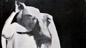 Yolande-hengen materialisoituminen Madame D'Esperancen istunnossa. Maaliskuu 1890.