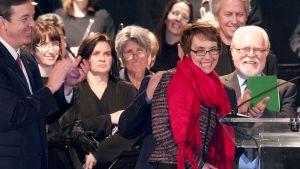 Kongressiedustaja Gabrielle Giffords ammuskelun muistotilaisuudessa.