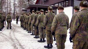 Varusmiehiä Pohjois-Karjalan prikaatissa.