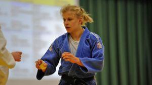 Johanna Ylinen otti ensimmäisen maailmancupin voittonsa Minskissä.