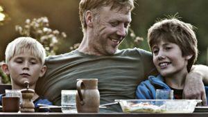 Kosto-elokuvan keskeistä roolia näyttelee ruotsalainen Mikael Persbrandt.