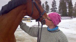 Tiziana-hevonen ja Sanna Mattila-Rautiainen