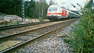 Intercity juna kiitää