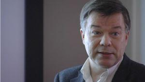 Juha Kere saa tänä vuonna lääketieteen Matti Äyräpää -palkinnon.