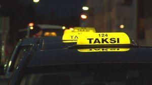 Takseja jonossa