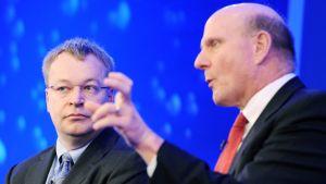 Toimitusjohtajat Stephen Elop ja Steve Ballmer