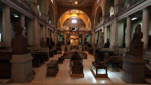 Sisäkuva Kairon egyptiläisestä museosta.