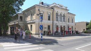 Ruotsalaisen arkkitehdin Johan Erik Stenbergin suunnittelema Porin teatteritalo edustaa tyylillisesti uusrenessanssia.