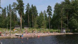 Kuusijärven uimaranta.