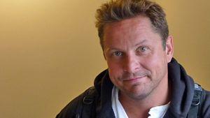 Pessimismipäivien suojelija, näyttelijä Ismo Apell.