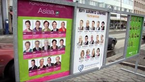 Eduskuntavaalien mainoksia vuodelta 2011