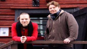Juuso Laatio (vas.) ja Jukka Vidgren ovat eläneet leffansa parissa tiiviisti kaksi vuotta.