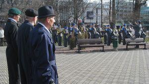 Kansallinen veteraanipäivä Joensuun Vapaudenpuistossa.