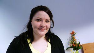 Oululainen Jenni Haapakorva lauloi itsensä Tangomarkkinoiden nettiäänestyskierrokselle.