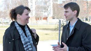 Lappilaiset kansanedustajat Johanna Ojala-Niemelä (sd.) ja Heikki Autto (kok.).