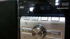 Lähikuva radiovastaanottimesta