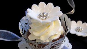 Baka liten kaka -blogissa on esillä myös muitakin juhlapöydän antimia.