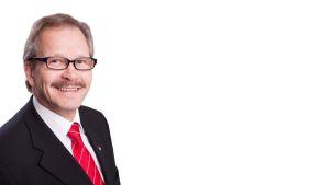kansanedustaja Raimo Piirainen