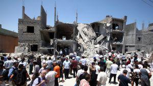 Raunioita Libyan Tripolissa. Kuva otettu Libyan hallituksen järjestämän esittelykierroksen aikana 19. kesäkuuta.