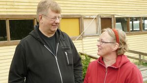 Kuvassa Discolandin toiminnassa mukana olleet Esko ja Riitta Tuikka