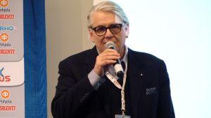 Lasse Lehtinen.