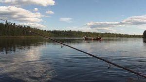 Kalastusta Tornionjoessa.
