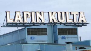 Lapin Kullan mainosvalot sammuivat Torniossa vuosi sitten.