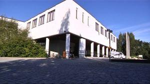 Muun muassa liikuntatieteellisen tiedekunnan rakennus on remontissa.