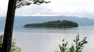 Utøyan saari Norjassa.