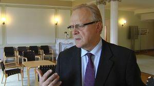 Työministeri Lauri Ihalainen.