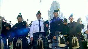Säkkipillinsoittajia WTC-muistotilaisuudessa New Yorkissa 11. syyskuuta.