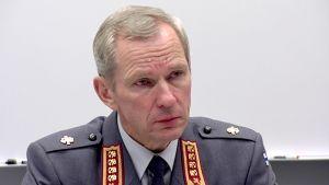 Suomen puolustusvoimain komentaja, kenraali Ari Puheloinen.