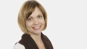 Lääketieteen lisensiaatti  Mirva Lehtopolku (väit. 23.9.2011).