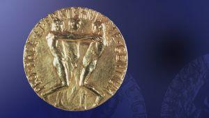 Rauhan Nobel-palkinnon mukana jaettava mitali.