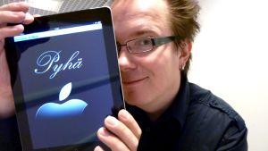 Heikki Ahonen ja iPad.