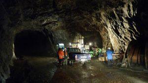 Sisällä Taivaljärven kaivoksessa.
