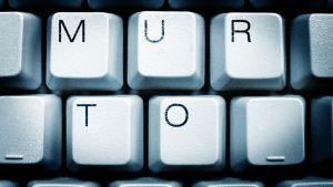 Tietokoneen näippäimet muodostavat sanan murto.