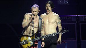 Red Hot Chili Peppersin laulaja ja basisti