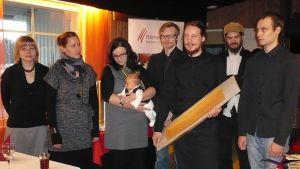 Taidelasiosuuskunta Lasismin nuoret osaajat saivat Hämeen liiton kulttuuritunnustuspalkinnon 2011