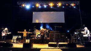 Yes -yhtye esiintyy Itävallassa.