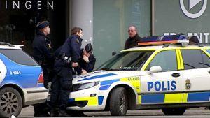 Ruotsalaisia poliiseja Malmössä