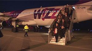 Wizz Airin lentokone Turun lentoasemalla.
