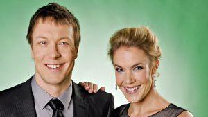 Mikko Peltola ja Ella Kanninen juontavat kesän 2010 Tangomarkkinat.