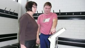 Antero Kangas kertoo testattavalle kehon salaisuuksia